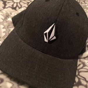 Boys volcom hat